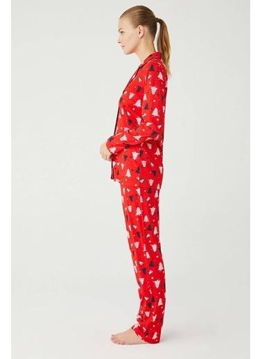 Mod Collection Kadın Boydan Patlı Pijama Takımı Kırmızı